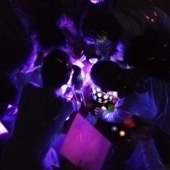 Rätsel lösen mit UV-Licht